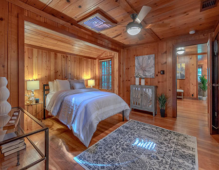 Rustic-Bedroom-main.jpg